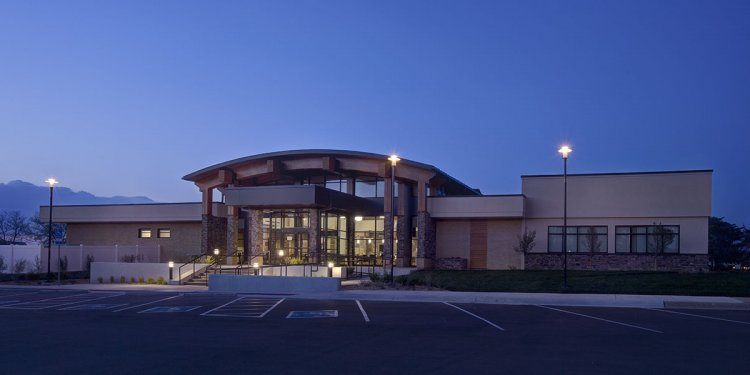 Lowry Family Health Center