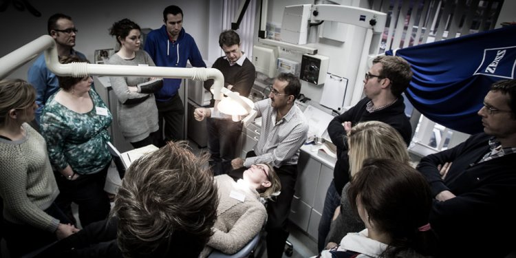 Implant Dentistry Courses